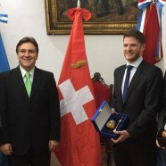 Llaryora recibió al Embajador de Suiza